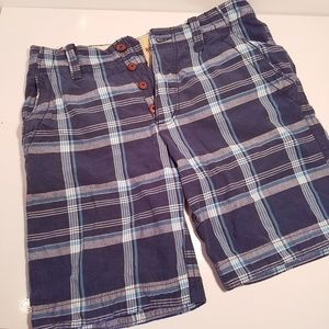 50% offer 💥Hollister button fly plaid shorts